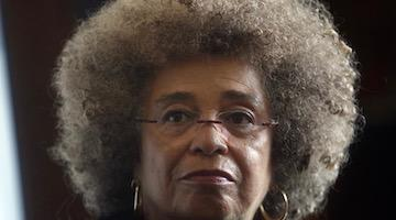 Angela Davis Denounces Attacks on Afro-Colombian Social Movements